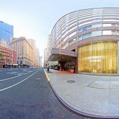 Отель Hampton Inn Manhattan-Times Square North городской автобус