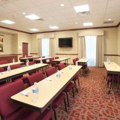 Отель Holiday Inn Express Hotel & Suites Columbus Univ Area - Osu США, Колумбус - отзывы, цены и фото номеров - забронировать отель Holiday Inn Express Hotel & Suites Columbus Univ Area - Osu онлайн помещение для мероприятий