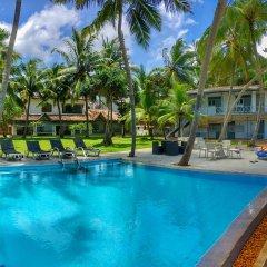 Отель Amor Villa бассейн