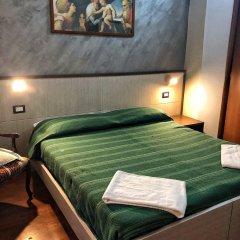Отель Populus Affitta Camere Сиракуза сейф в номере