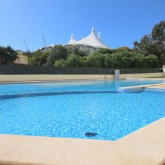 Отель T1 Visconde by Paradise Waves бассейн