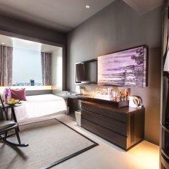 Отель Mode Sathorn Бангкок сейф в номере