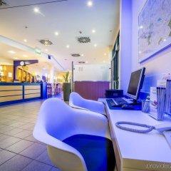 Отель Holiday Inn Express Dortmund гостиничный бар