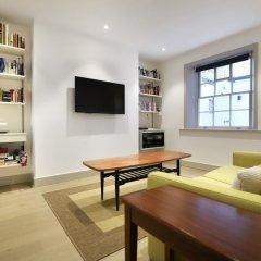 Отель Stylish & Modern 1BD Kensington Flat, Sleeps 2 Великобритания, Лондон - отзывы, цены и фото номеров - забронировать отель Stylish & Modern 1BD Kensington Flat, Sleeps 2 онлайн комната для гостей фото 5