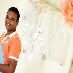 Отель Holiday Inn Resort Kandooma Maldives интерьер отеля фото 2