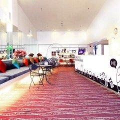 Отель D Varee Xpress Makkasan Таиланд, Бангкок - 1 отзыв об отеле, цены и фото номеров - забронировать отель D Varee Xpress Makkasan онлайн спортивное сооружение