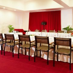 Отель Nai Yang Beach Resort & Spa фото 4