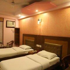 Отель Grand Plaza Индия, Нью-Дели - отзывы, цены и фото номеров - забронировать отель Grand Plaza онлайн спа
