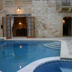 Отель Dar Guzeppa Farmhouse бассейн фото 2
