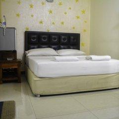 VJ City Hotel сейф в номере