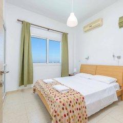 Отель Chronos Villa Кипр, Протарас - отзывы, цены и фото номеров - забронировать отель Chronos Villa онлайн комната для гостей фото 3