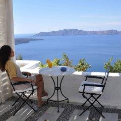 Отель Porto Fira Suites Греция, Остров Санторини - отзывы, цены и фото номеров - забронировать отель Porto Fira Suites онлайн балкон