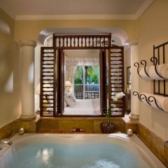 Отель The Level at Melia Caribe Tropical Доминикана, Пунта Кана - отзывы, цены и фото номеров - забронировать отель The Level at Melia Caribe Tropical онлайн ванная