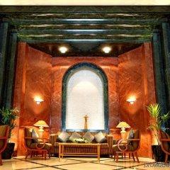 Отель Swiss-Belhotel Sharjah гостиничный бар