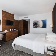 Отель Doubletree By Hilton Mexico City Santa Fe Мехико комната для гостей фото 2