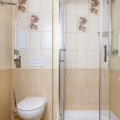 Гостиница Элиза Инн в Зеленоградске 11 отзывов об отеле, цены и фото номеров - забронировать гостиницу Элиза Инн онлайн Зеленоградск ванная фото 2