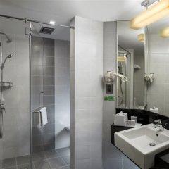 Отель Sunway Hotel Georgetown Penang Малайзия, Пенанг - отзывы, цены и фото номеров - забронировать отель Sunway Hotel Georgetown Penang онлайн ванная фото 2