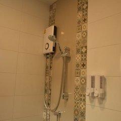 Отель Donmuang At Last Таиланд, Бангкок - отзывы, цены и фото номеров - забронировать отель Donmuang At Last онлайн ванная фото 2