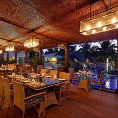 Отель Royal Orchid Beach Resort & Spa Гоа бассейн