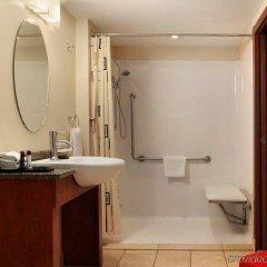 Отель Embassy Suites Montréal by Hilton Канада, Монреаль - отзывы, цены и фото номеров - забронировать отель Embassy Suites Montréal by Hilton онлайн ванная фото 2