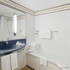 Отель Novotel Barcelona S Joan Despi ванная