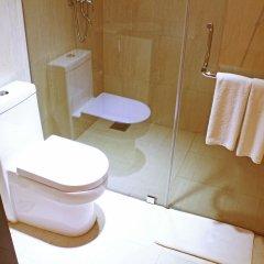 Отель Thilhara Days Inn Шри-Ланка, Коломбо - отзывы, цены и фото номеров - забронировать отель Thilhara Days Inn онлайн ванная фото 2