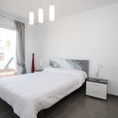 Отель Linnea Sol Apartments - Marholidays Испания, Ориуэла - отзывы, цены и фото номеров - забронировать отель Linnea Sol Apartments - Marholidays онлайн комната для гостей фото 4