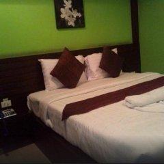 Отель Queen`S Garden At River View Бангкок комната для гостей