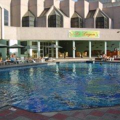 Le Grande Plaza Отель бассейн