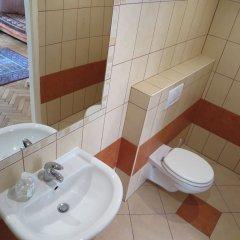 Отель Jó itt Pesten Венгрия, Будапешт - отзывы, цены и фото номеров - забронировать отель Jó itt Pesten онлайн ванная