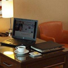 Istanbul Marriott Hotel Asia Турция, Стамбул - отзывы, цены и фото номеров - забронировать отель Istanbul Marriott Hotel Asia онлайн удобства в номере фото 2