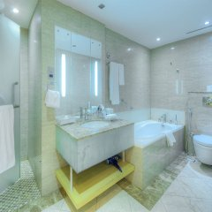 Отель The leela Hotel ОАЭ, Дубай - 1 отзыв об отеле, цены и фото номеров - забронировать отель The leela Hotel онлайн ванная фото 2