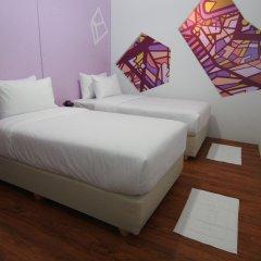 Отель 63 Bangkok Boutique Bed & Breakfast комната для гостей фото 4