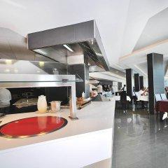 Отель Mar Hotels Rosa del Mar & Spa интерьер отеля