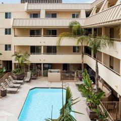 Отель Sommerset Suites бассейн фото 2