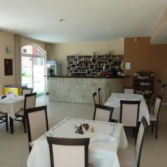 Hotel Saga Равда гостиничный бар