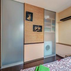 Апартаменты Domumetro Apartment on Varshavskoye сейф в номере