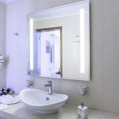 Отель La Mer Deluxe Hotel & Spa - Adults only Греция, Остров Санторини - отзывы, цены и фото номеров - забронировать отель La Mer Deluxe Hotel & Spa - Adults only онлайн ванная