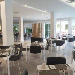Отель Prinsotel La Dorada гостиничный бар