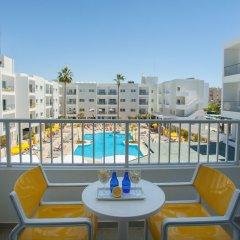 Отель Smartline Paphos балкон