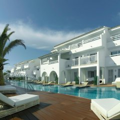Ushuaia Ibiza Beach Hotel - Adults Only бассейн