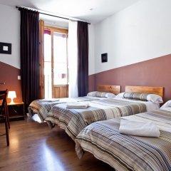 Отель Hostal Abaaly Испания, Мадрид - 4 отзыва об отеле, цены и фото номеров - забронировать отель Hostal Abaaly онлайн сейф в номере