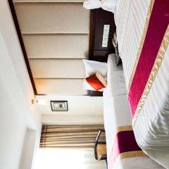 Отель New World Hotel Китай, Гуанчжоу - отзывы, цены и фото номеров - забронировать отель New World Hotel онлайн сейф в номере
