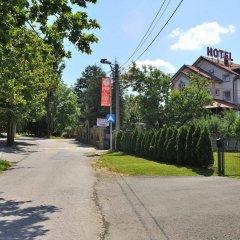 Sucevic Hotel спортивное сооружение