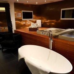 The Exhibitionist Hotel в номере