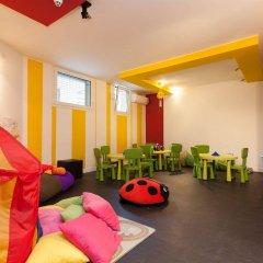 Hotel Adlon детские мероприятия