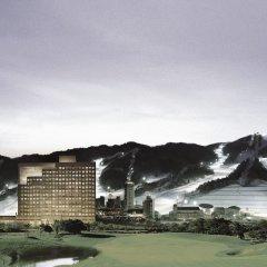 Отель Hanwha Resort Pyeongchang Южная Корея, Пхёнчан - отзывы, цены и фото номеров - забронировать отель Hanwha Resort Pyeongchang онлайн спортивное сооружение