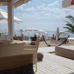 Отель The White Guest House Болгария, Кранево - отзывы, цены и фото номеров - забронировать отель The White Guest House онлайн пляж
