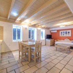 Отель Chroma Suites Греция, Остров Санторини - отзывы, цены и фото номеров - забронировать отель Chroma Suites онлайн в номере
