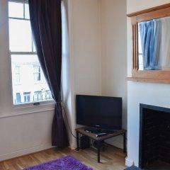 Отель 2 Bedroom Garden Home in Preston Park Брайтон удобства в номере
